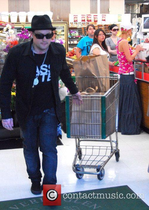 Go grocery shopping together