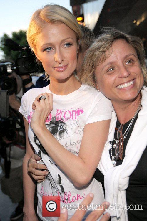 Paris Hilton goes to Kitson boutique on Robertson...