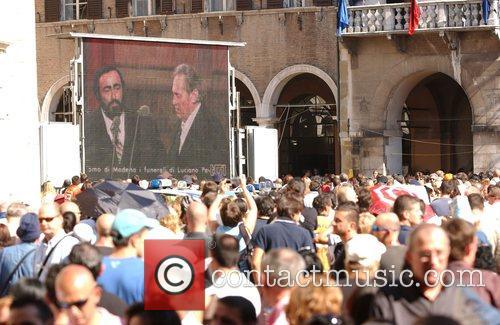 Luciano Pavarotti 4