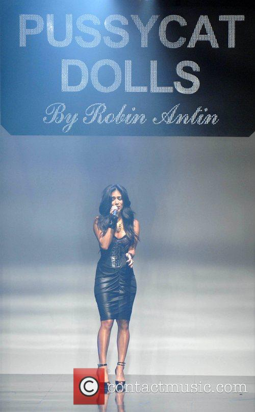 Nicole Scherzinger, Pussycat Dolls and Robin Antin 6