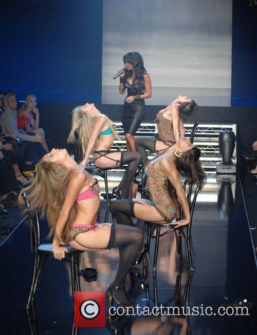 Nicole Scherzinger, Pussycat Dolls and Robin Antin 1