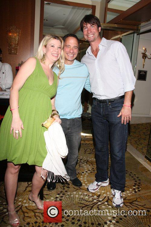 Gillian Sheldon, Harvey Levin and Jerry O'Connell Perez...