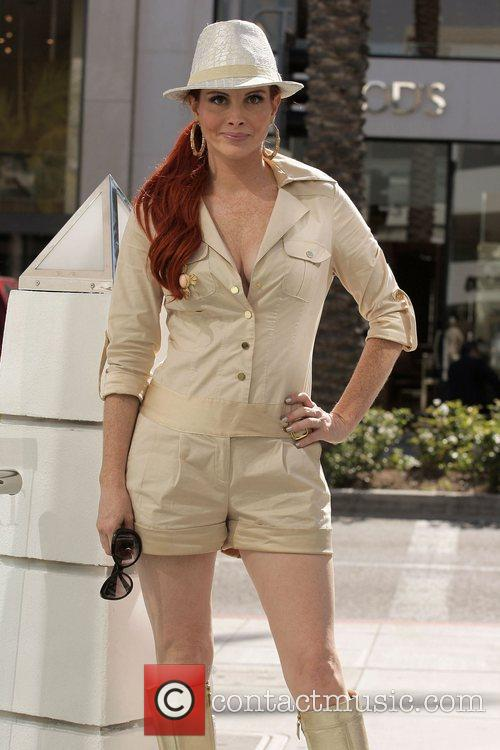 Phoebe Price enjoys sunny California in style while...