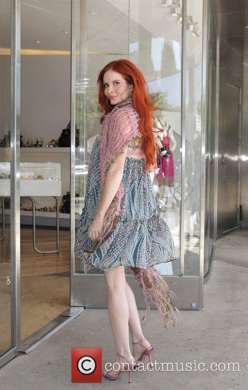 Phoebe Price shopping on Robertson Blvd Los Angeles,...