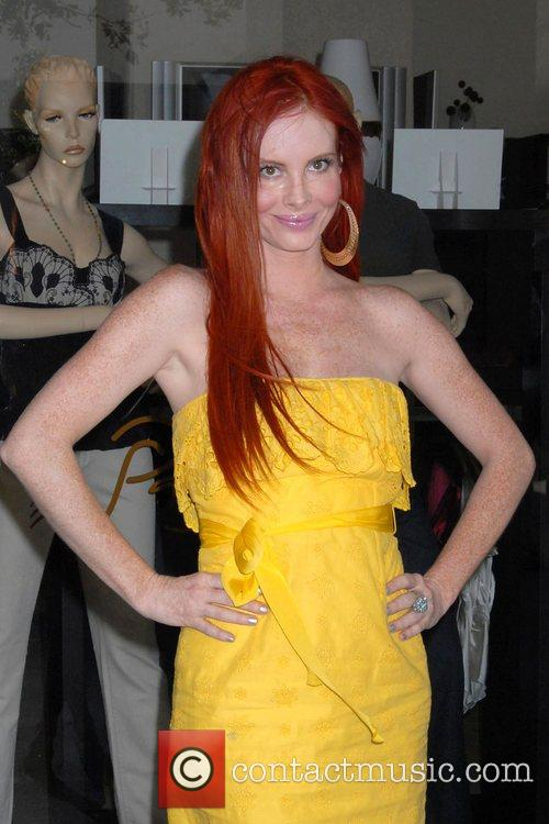 Phoebe Price shopping at the trendy Robertson Boulevard...