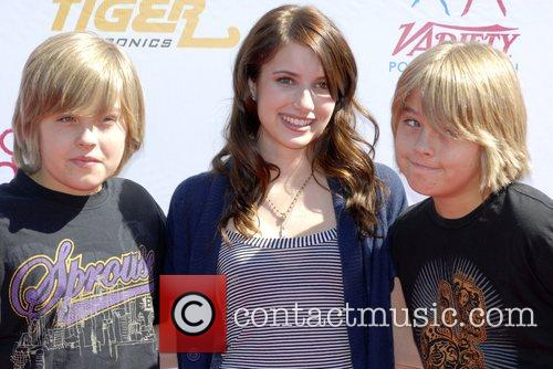 Dylan Sprouse, Cole Sprouse and Emma Roberts 3