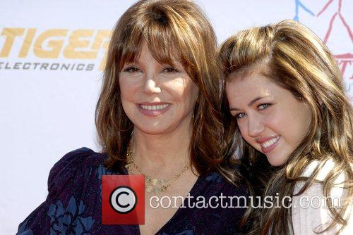 Miley Cyrus and Marlo Thomas  Power of...