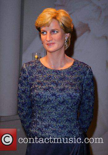 Princess Diana wax figure memorial unveiled at Madame...