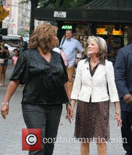 Queen Latifah and Cbs 4