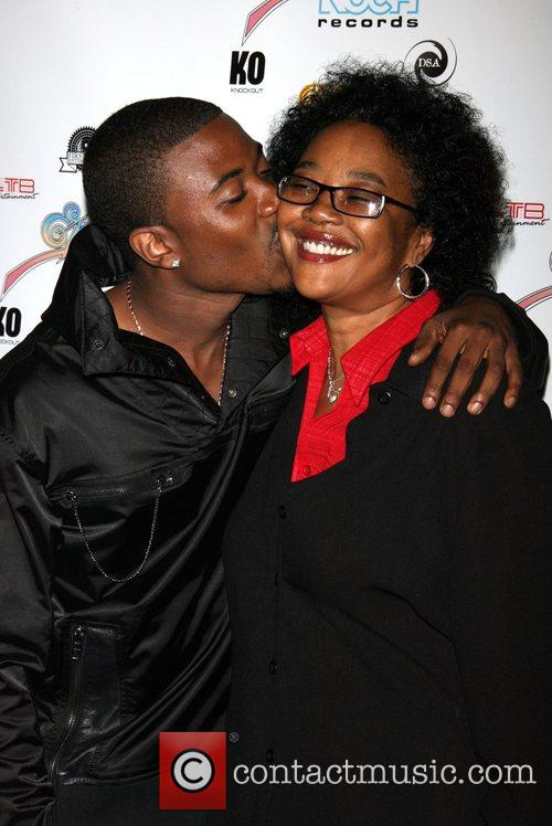 Ray J and mother, Sonia Norwood R&B Live...