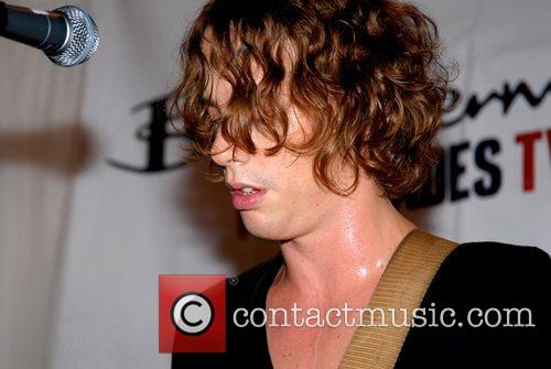 Johnny Borrell and Razorlight 6