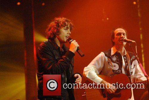 Johnny Borrell, Ray Davies, Razorlight and The Kinks 6