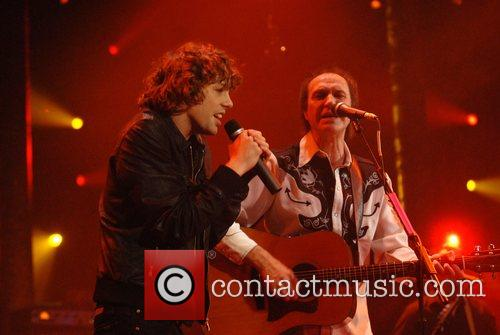 Johnny Borrell, Ray Davies, Razorlight and The Kinks 12