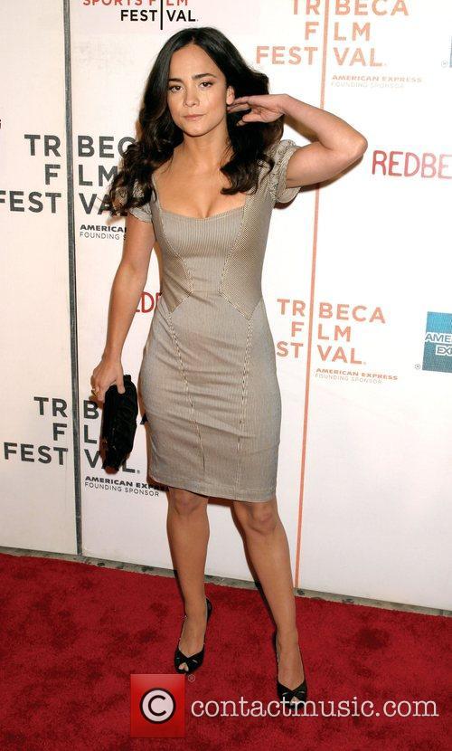 Alice Braga 3