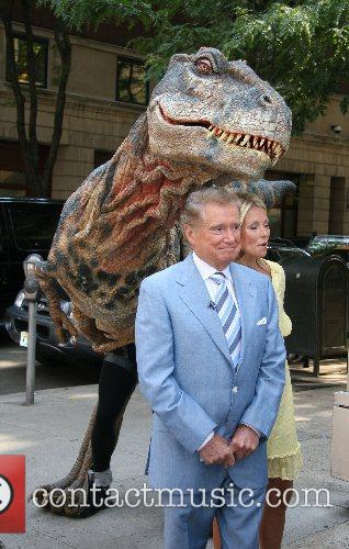Kelly Ripa and Regis Philbin 3
