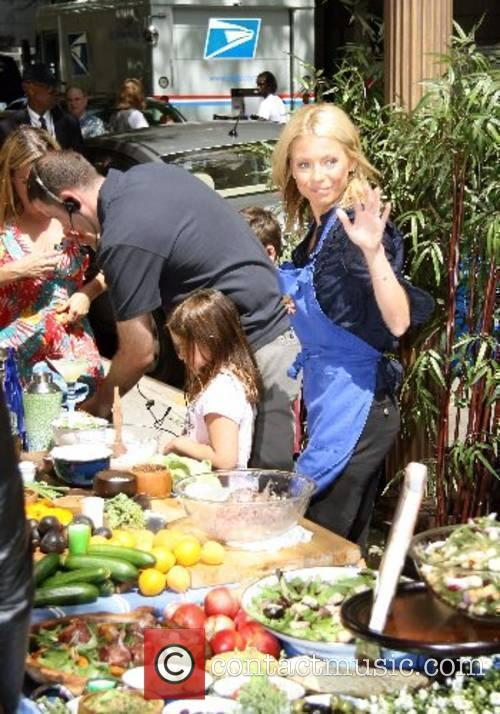 Kelly Ripa and daughter Lola Cooking segment with...