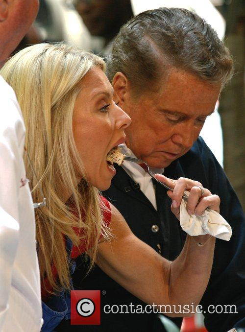 Regis Philbin and Kelly Ripa 2
