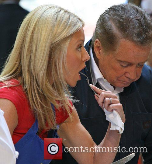 Regis Philbin and Kelly Ripa 4