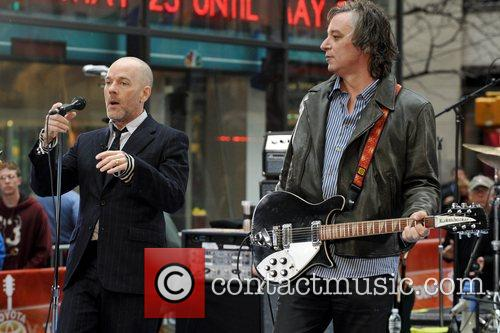 Michael Stipe, Peter Buck R.E.M performs live on...