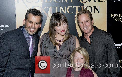 Oded Fehr, Las Vegas and Milla Jovovich 11