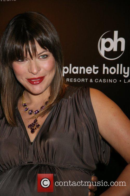 Milla Jovovich and Las Vegas 11