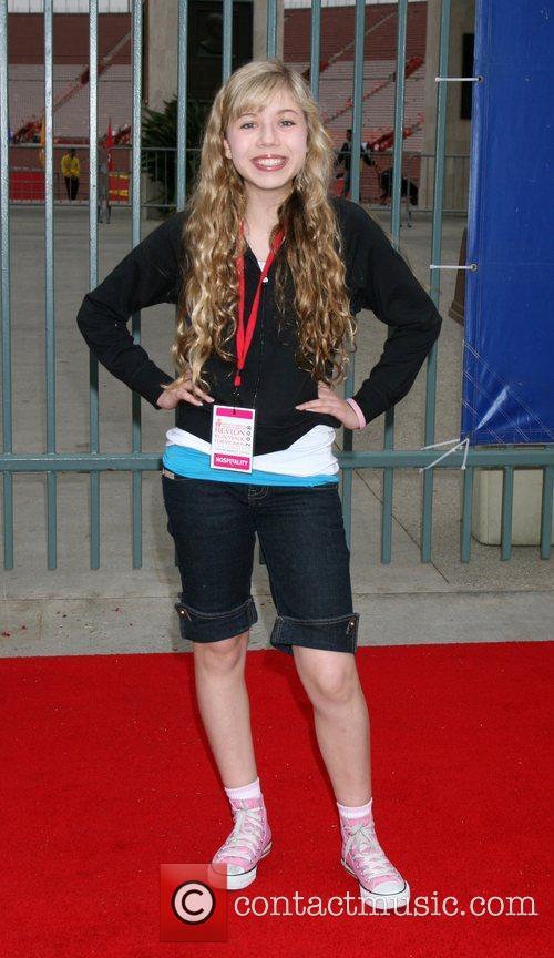 Jeannette McCurdy 15th Annual EIF Revlon Run/Walk for...