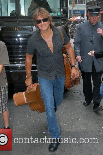Richie Sambora arrives at his Manhattan hotel