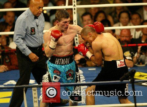Ricky Hatton retained his Jr Welterweight Title against...