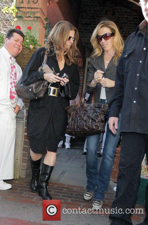 Rita Wilson and Sheryl Crow 3
