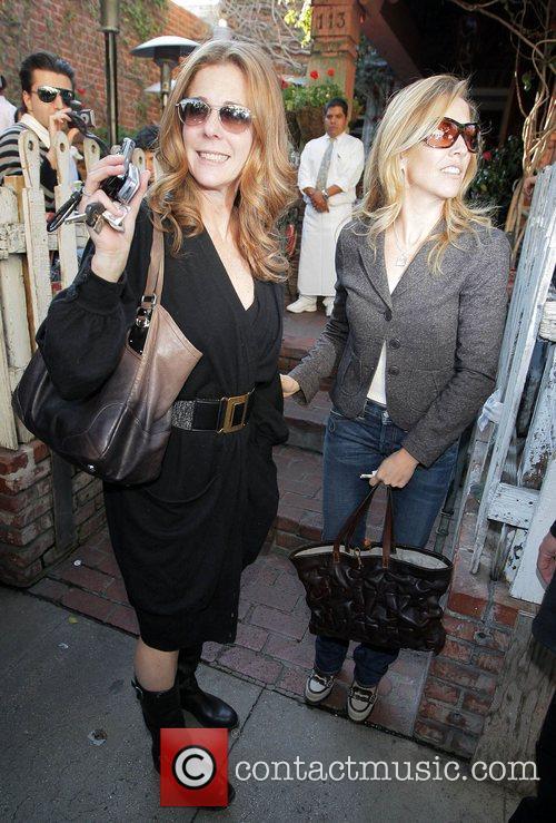Rita Wilson and Sheryl Crow 14