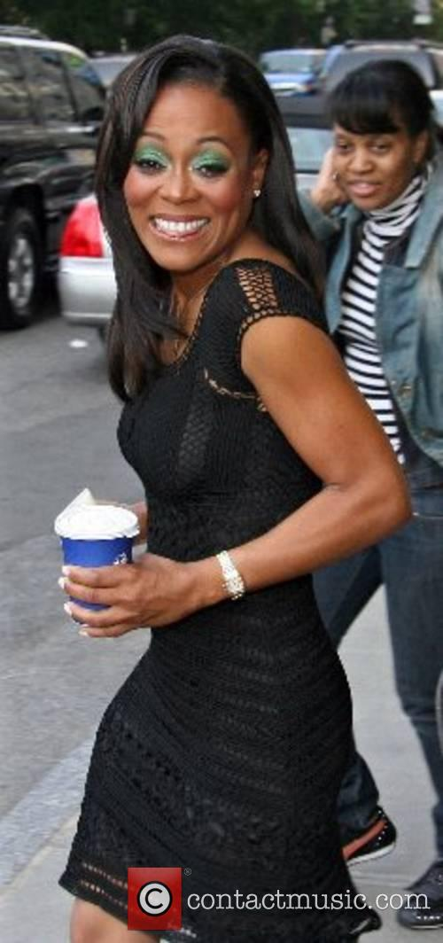 Robin Givens leaving her hotel New York City,...