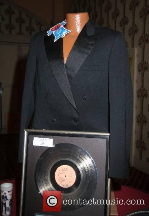 rocknroll auction 01 wenn1354416