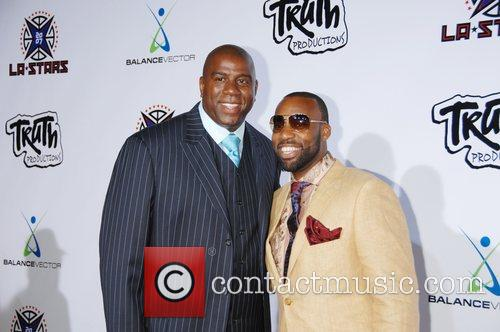 Magic Johnson and Nba Player Baron Davis 4