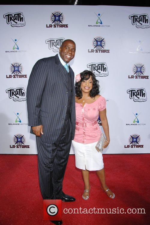 Magic Johnson and Niecy Nash 6
