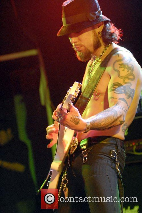 Dave Navarro and Camp Freddy 11