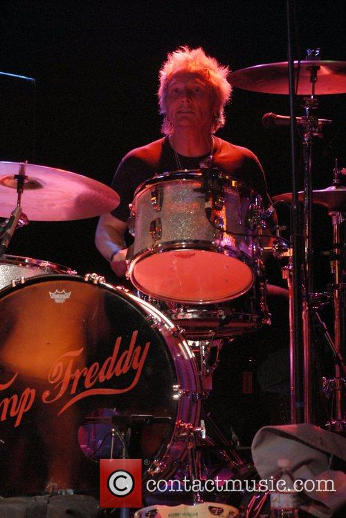 Matt Sorum playing with Camp Freddy at the...