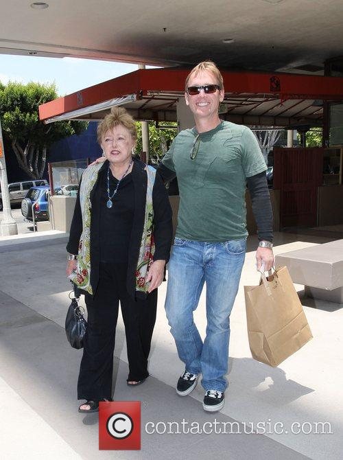 Rue McClanahan having lunch at the Newsroom to...