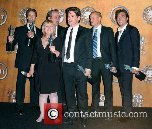 Garret Dillahunt, Josh Brolin, Tommy Lee, Tommy Lee Jones and Woody Harrelson 5