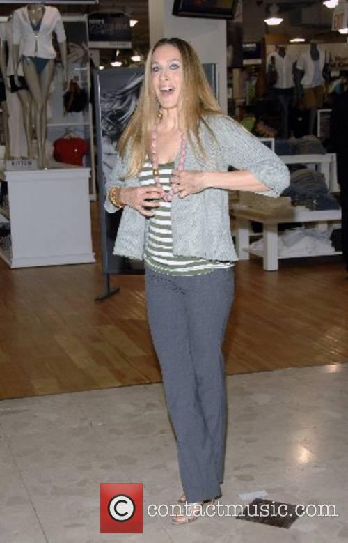 Sarah Jessica Parker  unveils her new clothing...
