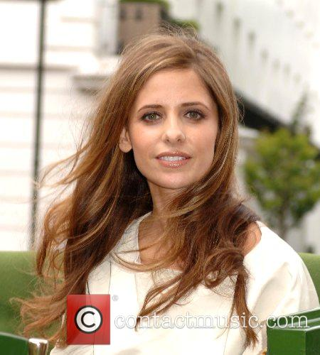 Sarah Michelle Gellar and Harrods 9