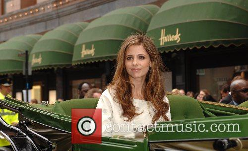 Sarah Michelle Gellar and Harrods 6