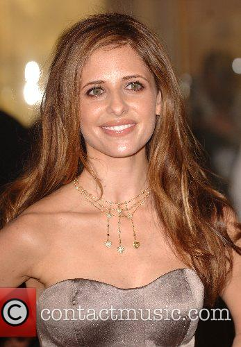 Sarah Michelle Gellar and Harrods 7
