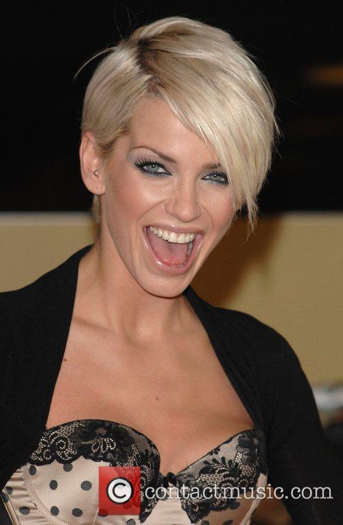 Angelina Jolie hairstyle: Sarah Harding Haircut Styles