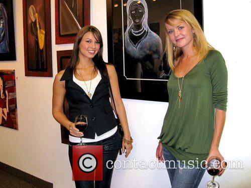 SSarah Larson and Brandy Wood George Clooney's girlfriend...
