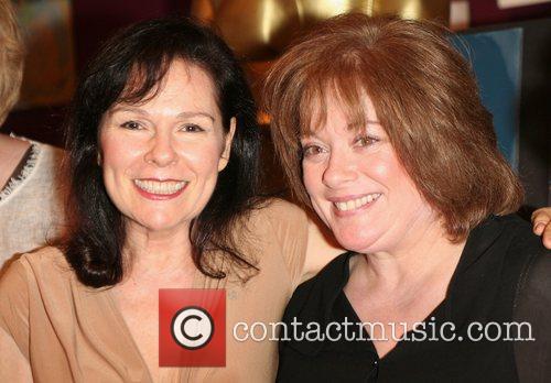 Karen Lynn Gorney and Donna Pescow 2