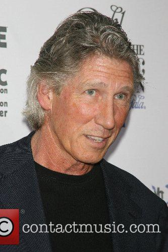Roger Waters VH1's Save The Music Foundation 10...