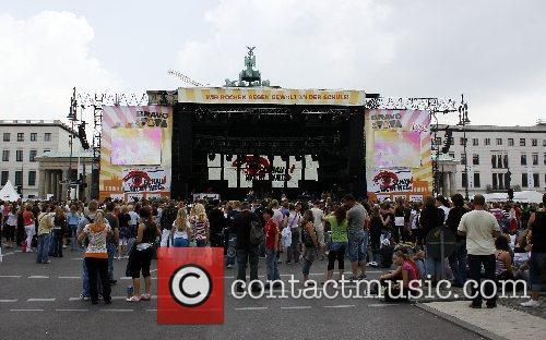 Atmosphere Schau nicht weg! Open-Air concert Berlin, Germany