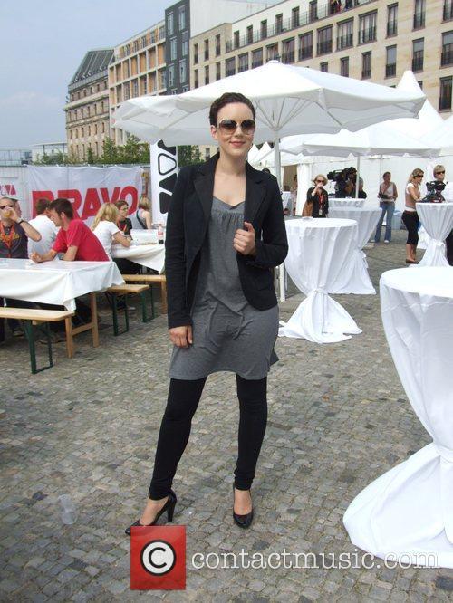 Jasmin Wagner Backstage at the Schau nicht weg!...