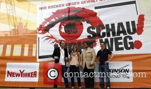 Tom Junkersdorf, LaFee, Peter Schwenkow, Klaas at the...