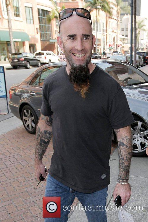 Scott Ian of the metal band Anthrax leaving...